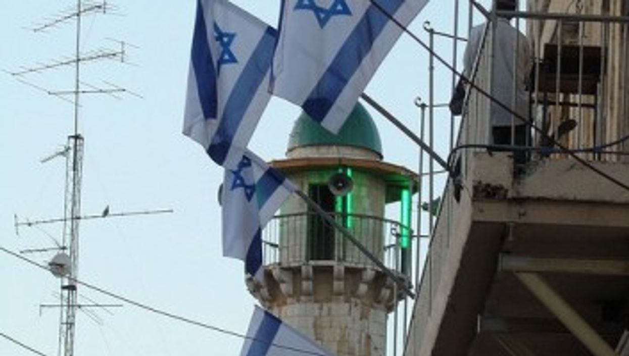 Side by side - Cohn-Bendit sees hope for independent Israeli and Palestinian states