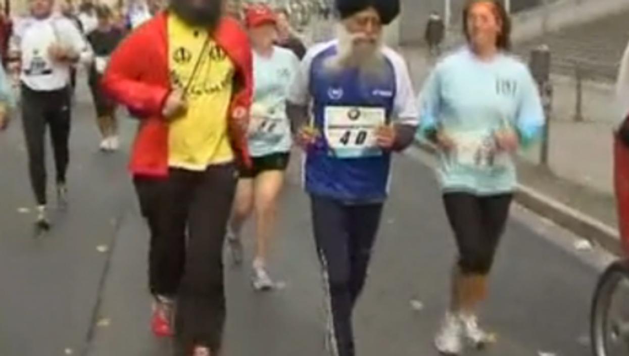 Singh in Frankfurt (Suddeutsche Zeitung video)