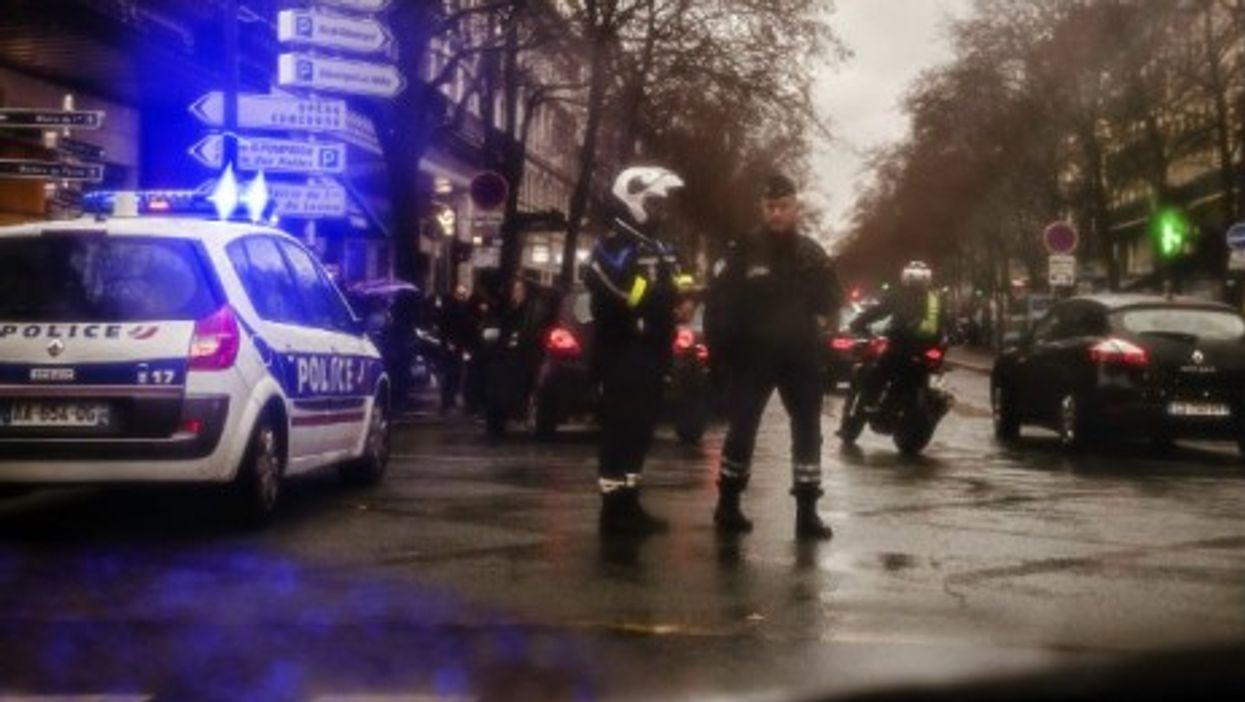 Stepped-up security all around Paris