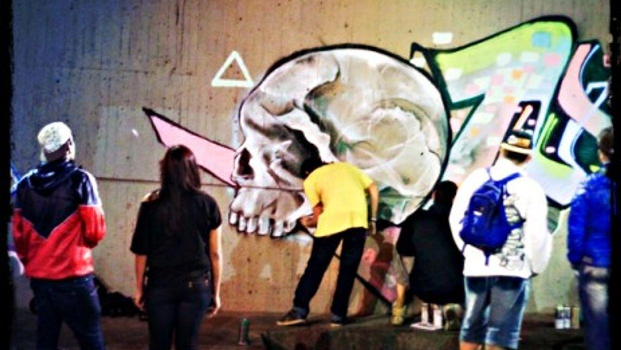 Street artists in Medellin