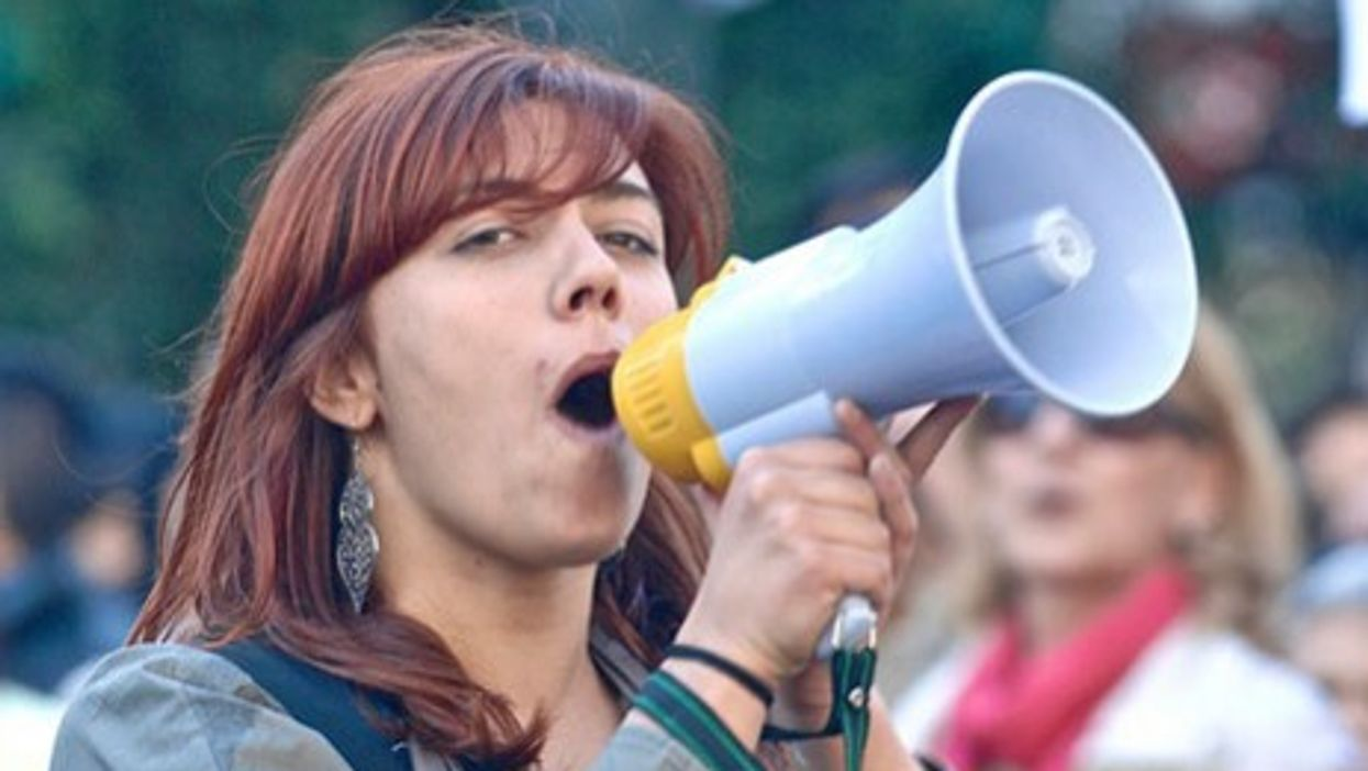 Student protester in Lisbon (Pedro Simoes)