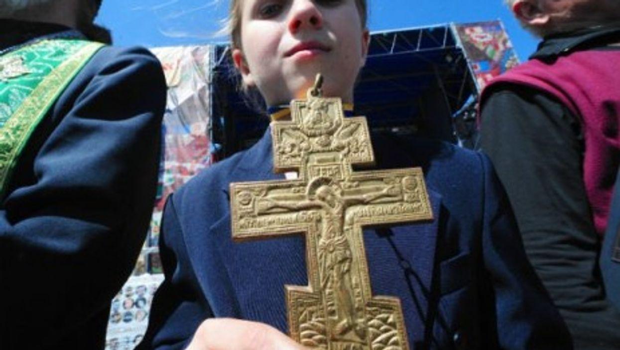 Sunday prayers in Kiev's Independence Square