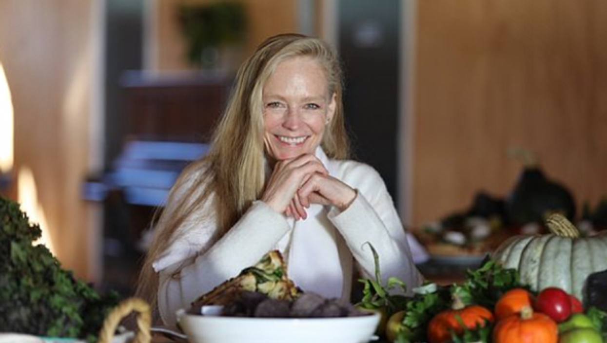 Suzy Amis Cameron, change one meal at a time