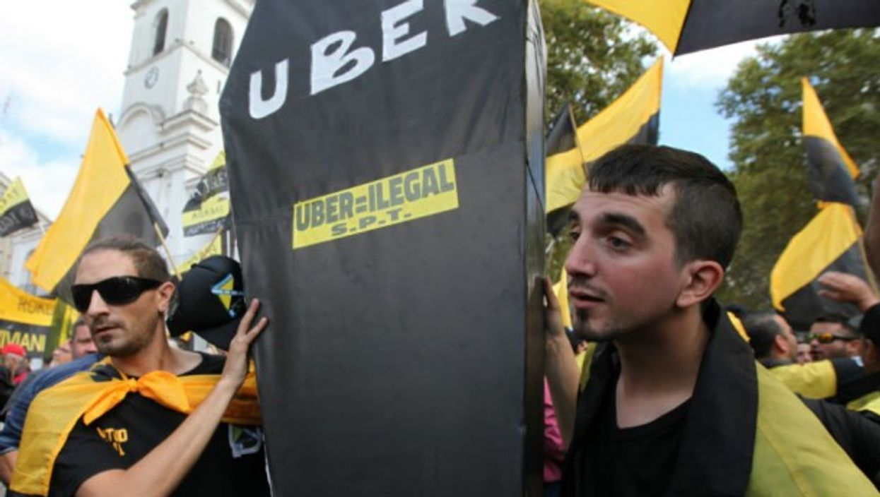Taxi drivers protesting against Uber in Buenos Aires