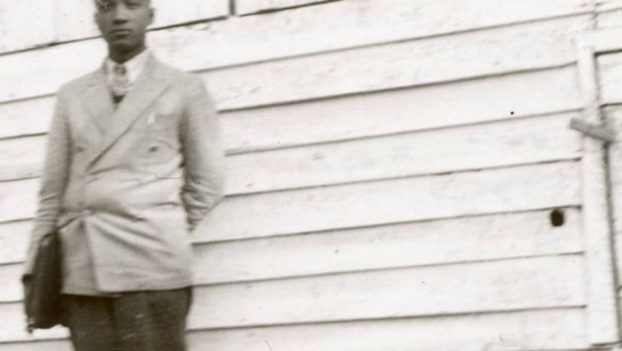 TeacherT.R. Delaney, photographed inHancock County, Tennessee (1939)
