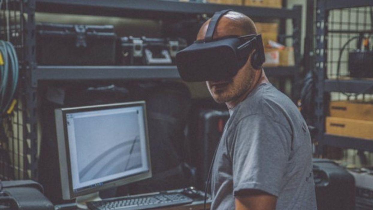 Testing virtual reality technology