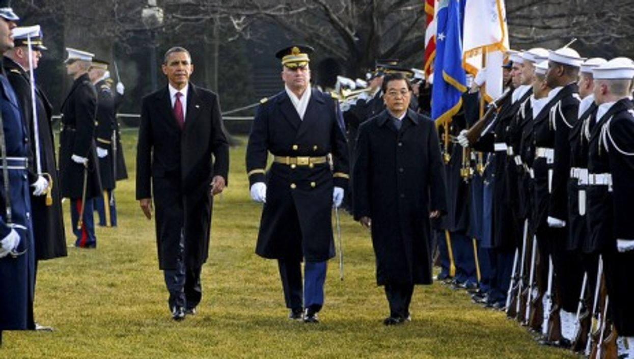 The American and Chinese Presidents in January (US Army)