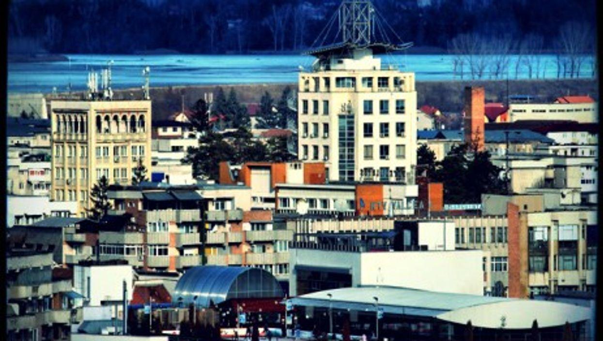 """The city of Râmnicu Vâlcea in Romania, a.k.a. """"Hackerville"""""""