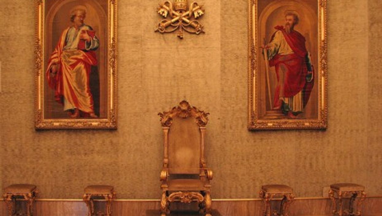 The Lateran Throne Room. Tapestries of St. Peter and St. Paul