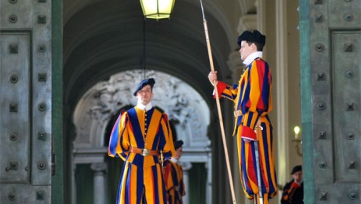 The Papal Swiss Guard, protecting the Vatican and its secrets since the 16th century (Bertrand Hauger)