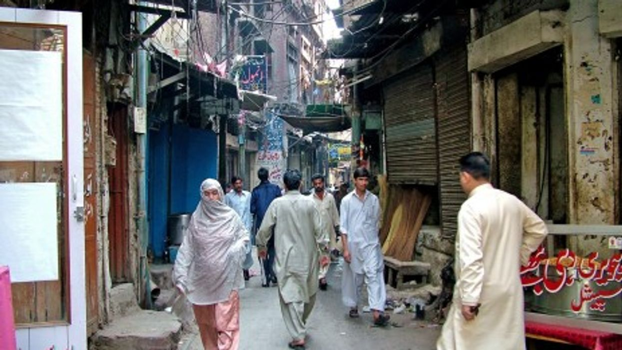 The streets of Lahore, Pakistan (*_*)