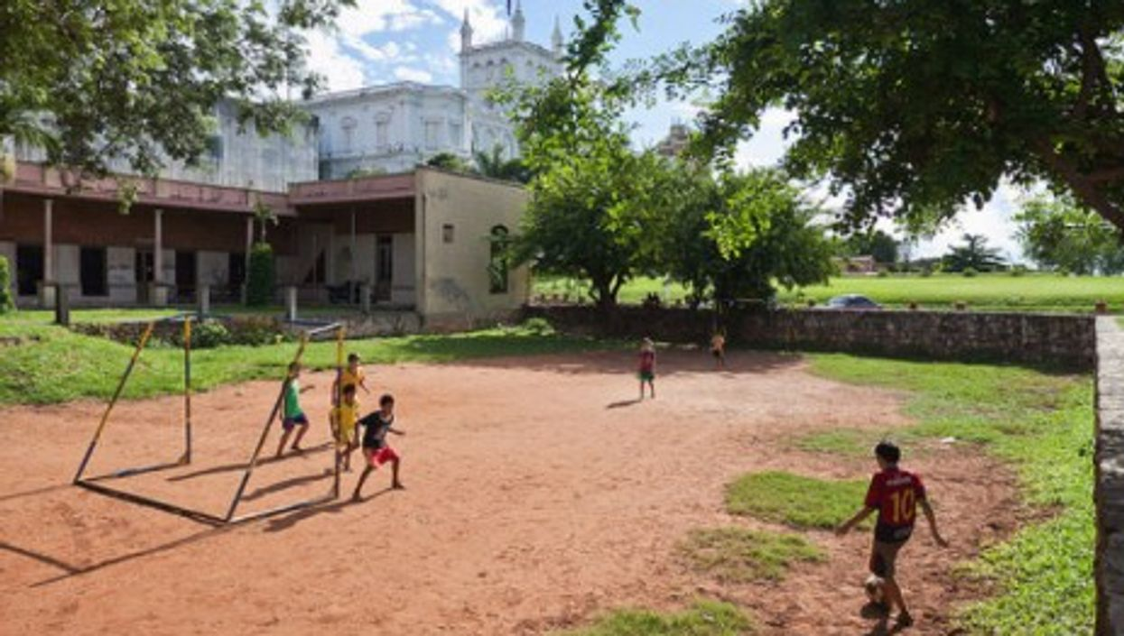 The universal game in Asuncion