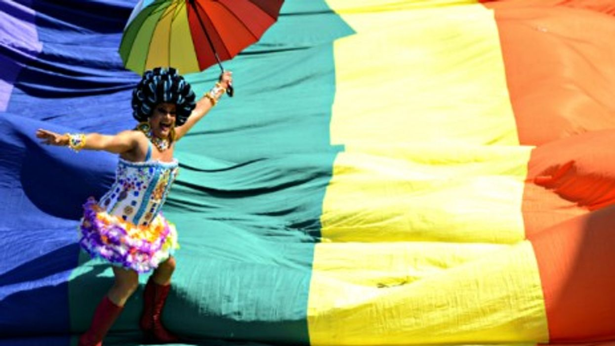 Thousands took part in Sunday's 19th annual Gay Pride parade on Rio de Janeiro's Copacabana beach.