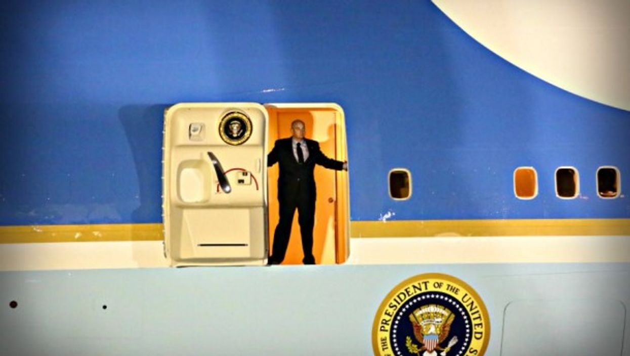 Time for take-off (on an earlier Trump visit)