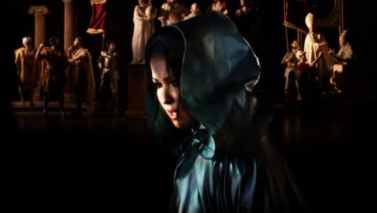 Tosca discovers that Scarpia has betrayed her and Cavaradossi has actually been killed.
