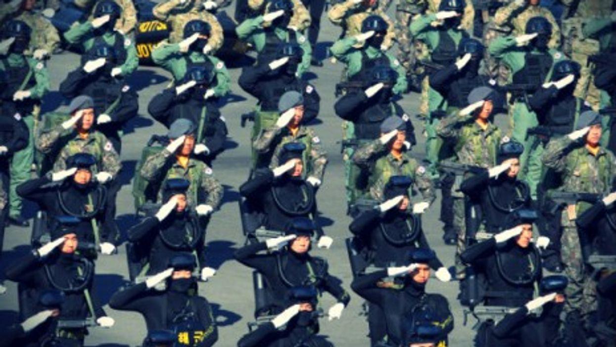 Troops in Seoul