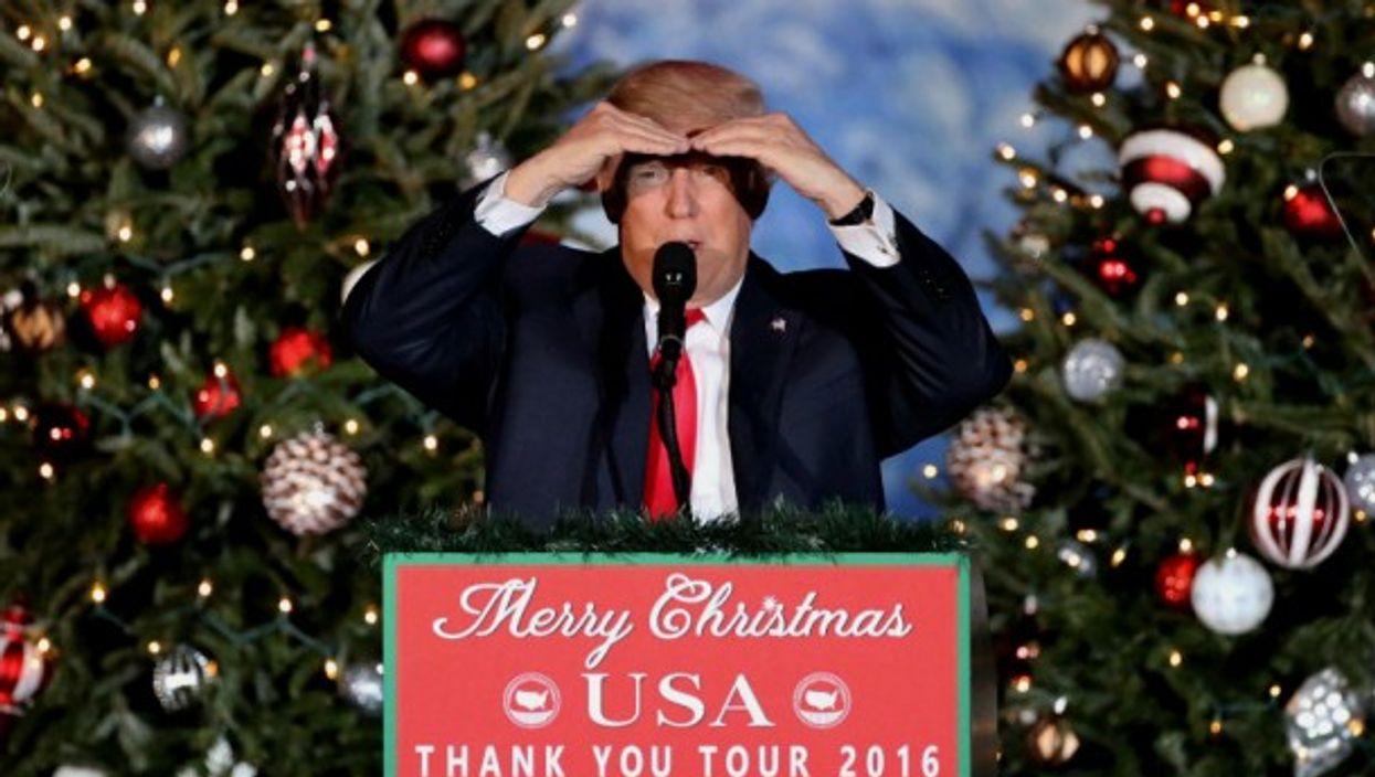 Trump in the holiday spirit in Orlando