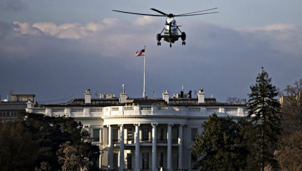 Trump returns this week to the White House in Marine One helicopter