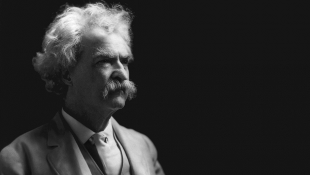 Twain was already world famous when he first saw a typewriter