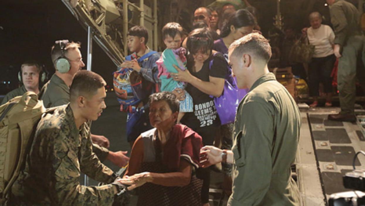 U.S. Marines help Haiyan victims