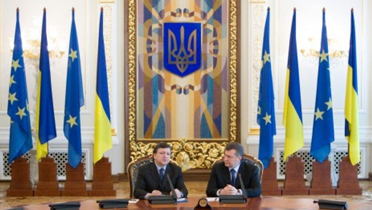 Ukrainian President Viktor Yanukovych and President of the European Commission José Manuel Barroso