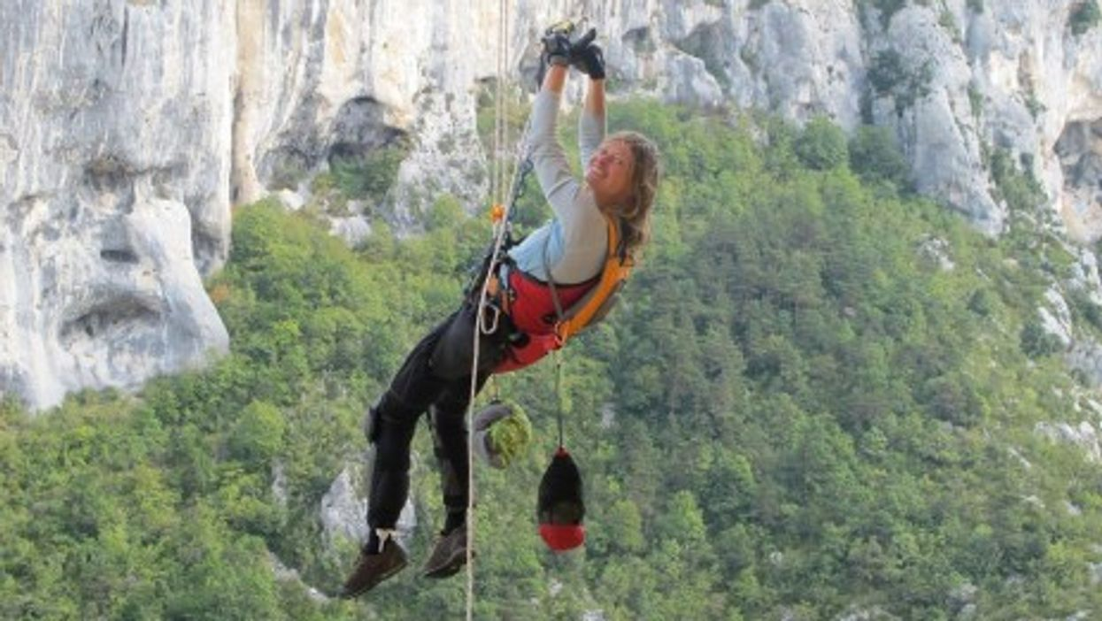 Vanessa Francois training in French Verdon canyon