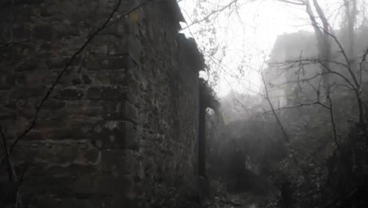 Want to make a bid on the Borgo? (pelletica)