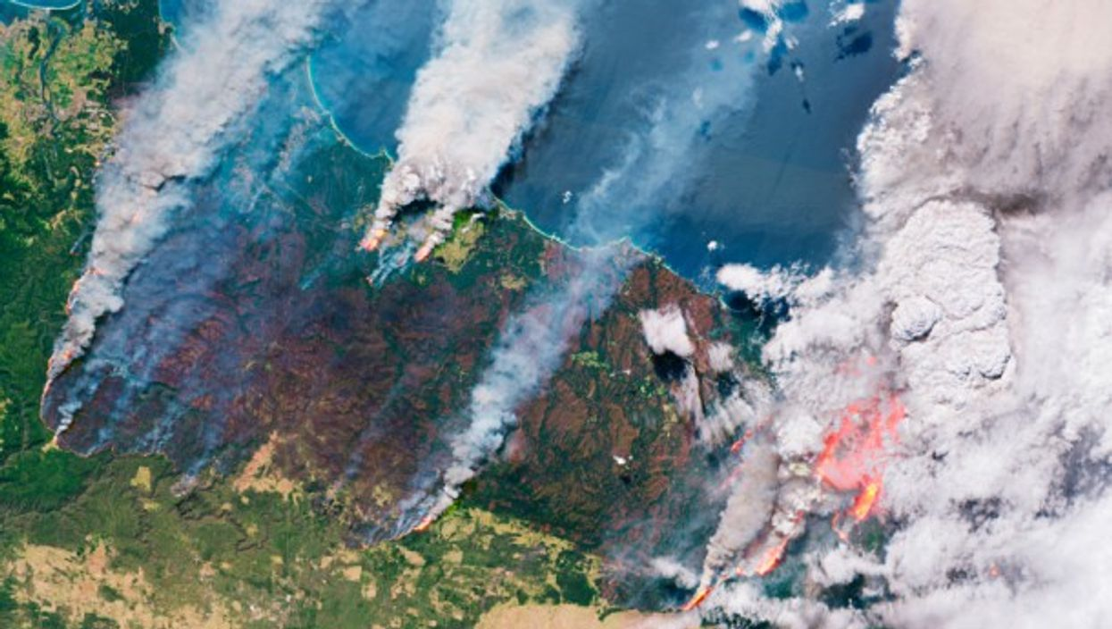 Wildfires across Australia photographed from satellite on 31 December 2019