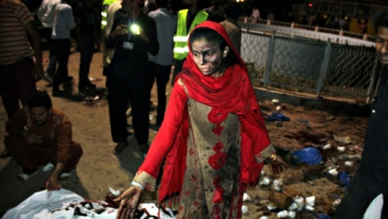 Woman in Lahore ,just after the March 27 blast
