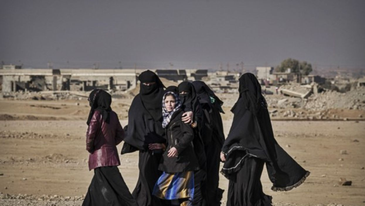 Women from Mosul on Dec. 2016