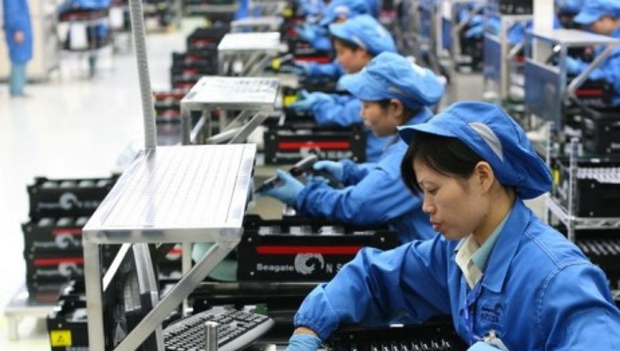 Workers at the Seagate Wuxi Factory in China (Robert Scoble)