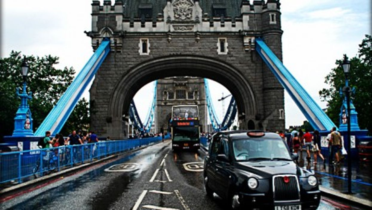 Would the Tower Bridge still stand?