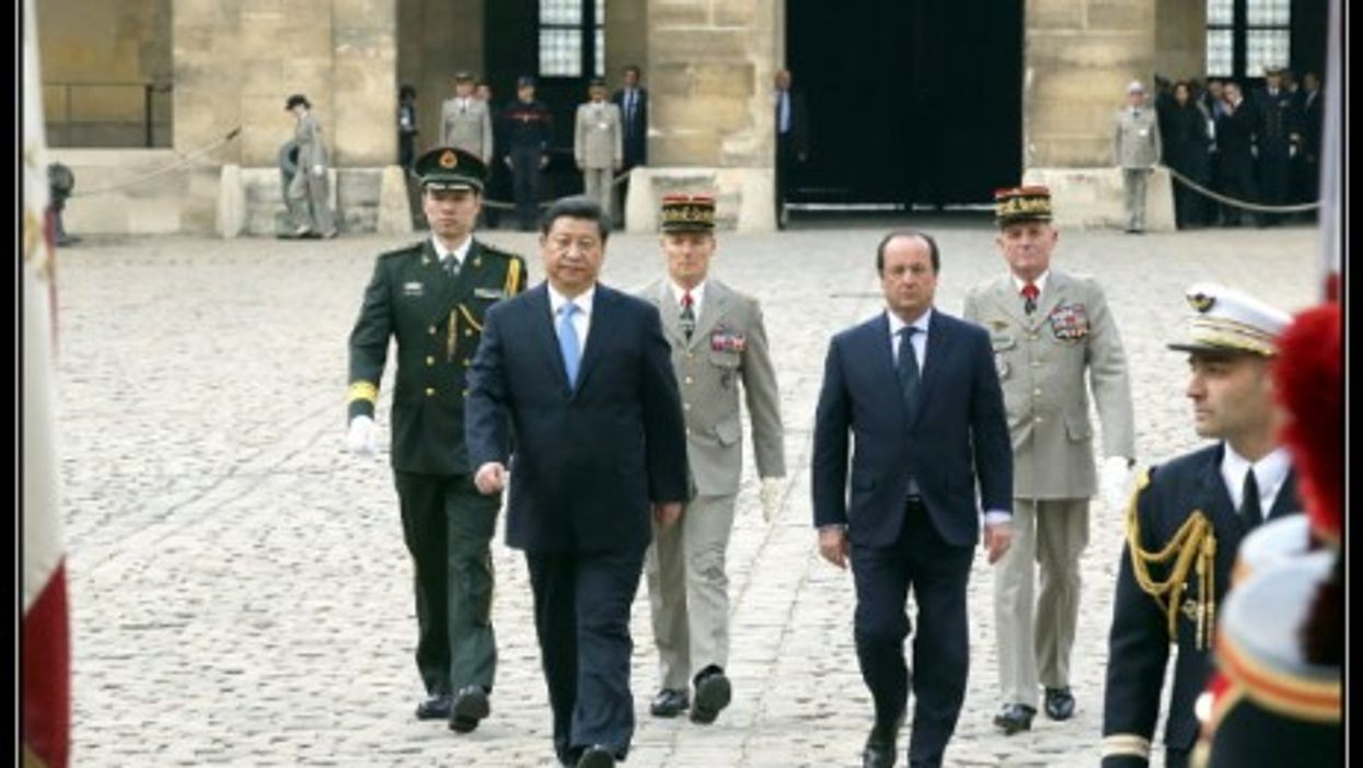Xi and Hollande in Paris in March